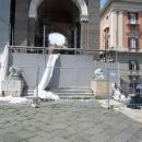 piazza_plebiscito_senza_san_pietrini_e_con_parcheggio_abusivo_7.jpg