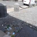 piazza_plebiscito_senza_san_pietrini_e_con_parcheggio_abusivo_9.jpg