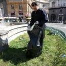 aiuola_e_fontana_piazza_trieste_e_trento_16.jpg