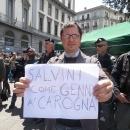 salvini_contestato_a_napoli_12.jpg