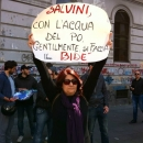 salvini_contestato_a_napoli_4.jpg
