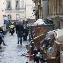 nuovo_allarme_rifiuti_napoli_via_nicotera_l_altro_giorno.jpg
