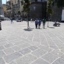 polizia_municipale_contro_abusivi_piazza_dopo_intervento.jpg