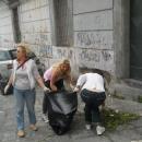 mamme_del_quartiere_puliscono12.jpg