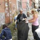 mamme_del_quartiere_puliscono14.jpg