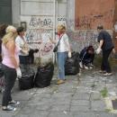mamme_del_quartiere_puliscono15.jpg