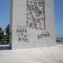 fontana_rotonda_diaz_vergogna_statua_2.jpg