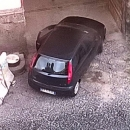 via_del_sole_la_caserma_dei_vigili_viene_usata_come_parcheggio_illegale_dagli_abusivi.jpg