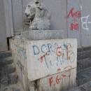 nuovo_atto_vandalicola_piazza_di_nessuno4.jpg