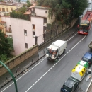 spazza_strade_in_giro_mentre_diluvia_pezzullo.jpg