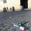 a_a_a_a_capodanno_della_vergogna_piazza_del_plebiscito_non_spazzata9.jpg