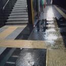 piove_nelle_stazioni_della_cumana_3.jpg