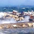 maltempo_casotto_degli_ormeggiatori_sul_porto_di_lacco_ameno_distrutto.jpg