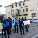 protesta_degli_animalisti_a_melito_per_il_circo_2.jpg