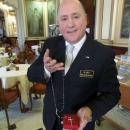 papa_a_napoli_gennaro_ponziani_con_il_regalo_che_gli_ha_fato_il_pontefice.jpg