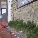 piovono_pietre_a_via_orazio_nella_zona_sottostante_al_crollo3.jpg