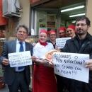le_pizzaiole_napoletane_contro_mcdonald_s_2.jpg