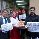 le_pizzaiole_napoletane_contro_mcdonald_s_3.jpg