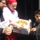 le_pizzaiole_napoletane_contro_mcdonald_s_7.jpg