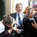 le_pizzaiole_napoletane_contro_mcdonald_s_bambino_2.jpg