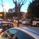 marciapiede_villa_comunale_usato_come_parcheggio.jpg