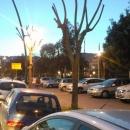 marciapiede_villa_comunale_usato_come_parcheggio2.jpg