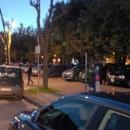 marciapiede_villa_comunale_usato_come_parcheggio3.jpg