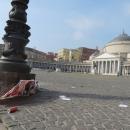 piazza_del_plebiscito_pattumiera.jpg