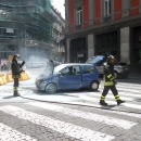 un_auto_prende_fuoco_prima_di_via_chiatamone_intervengono_i_vigili_4.jpg