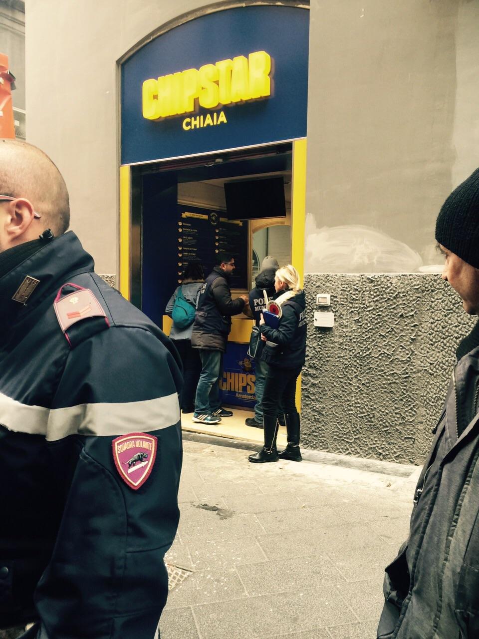 Napoli sequestrato patate ed olio per un negozio di - Rivenditori record cucine roma ...