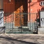 Vomero  via Luca Giordano  villino Casciaro  teschi2
